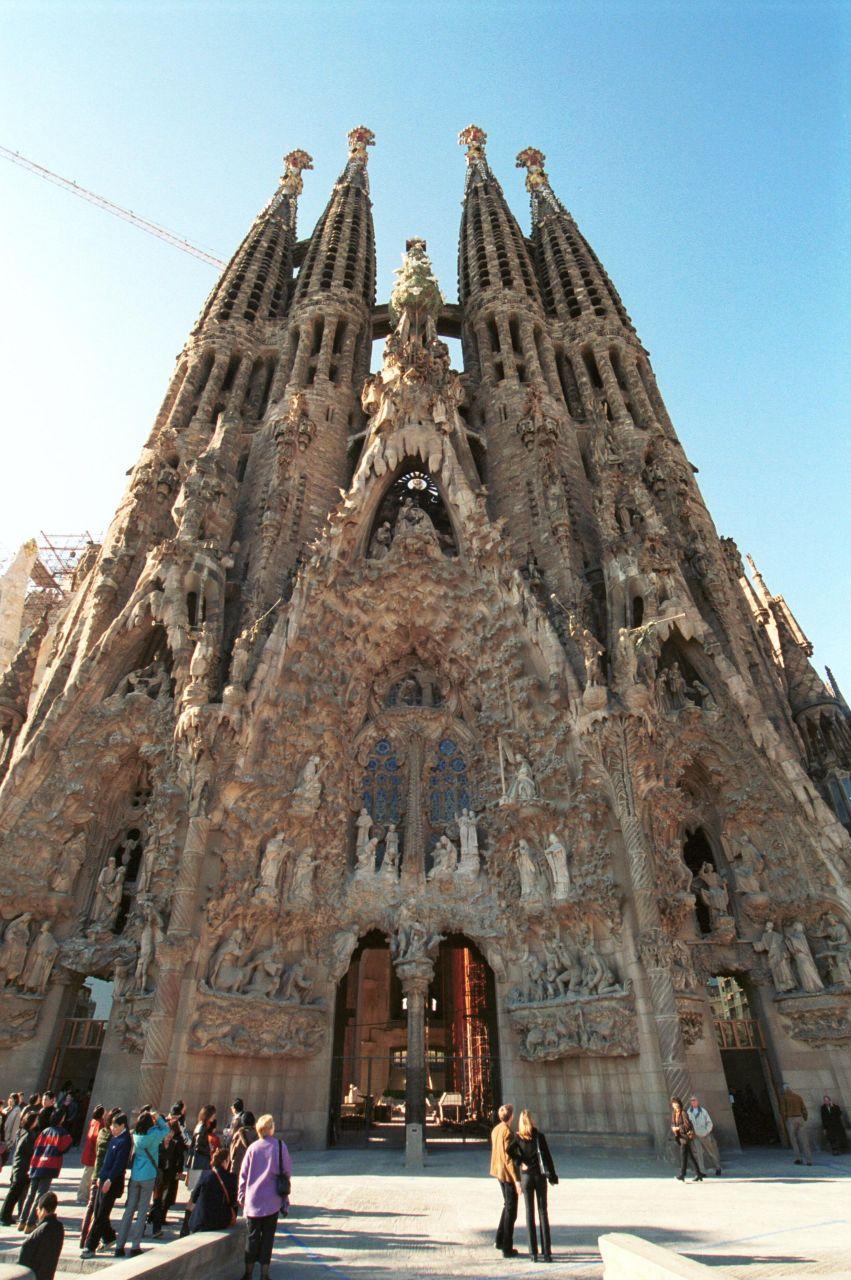 كنائس اثرية اوروبا وامريكا غاية SagradaFamilia_008.j